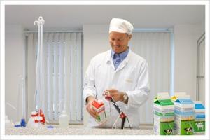 Eigen recepten zorgen voor heerlijke zuivelproducten van de koe- en geitenmelk (foto deneelder.nl)
