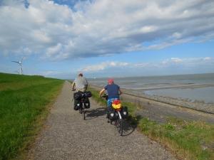 fietsen dijk Zeeland